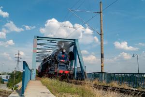 Albatros 498.104 parný rušeň Modrý most Bratislava