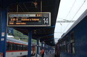 Pragotron v stanici Bratislava hlavná stanica
