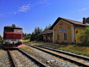 Strunkovice nad Volyňkou, križovanie vlaku